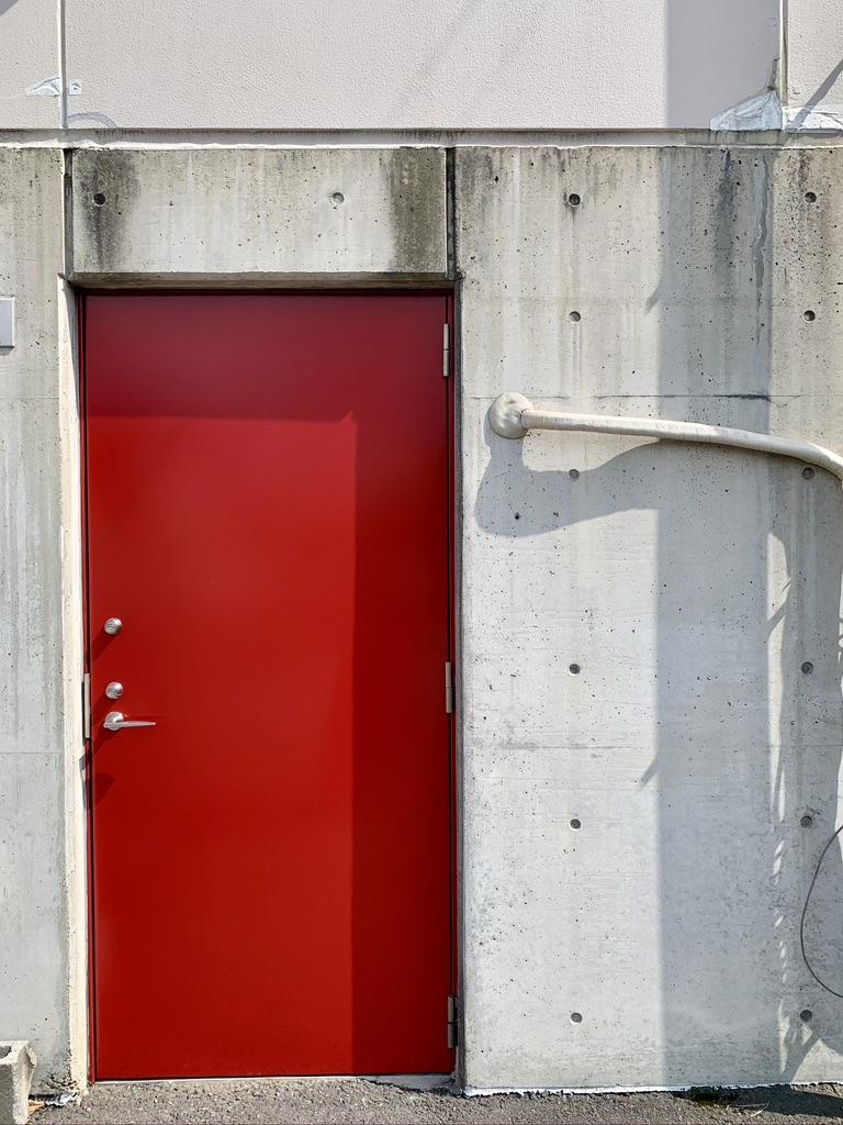 赤いドア!